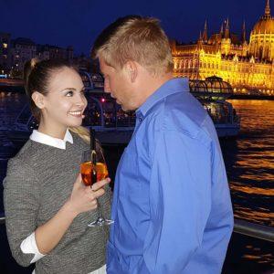 romantic budapest cruise
