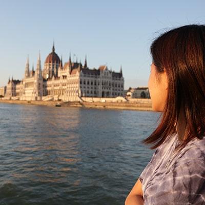 budapest-sightseeing-cruise-min