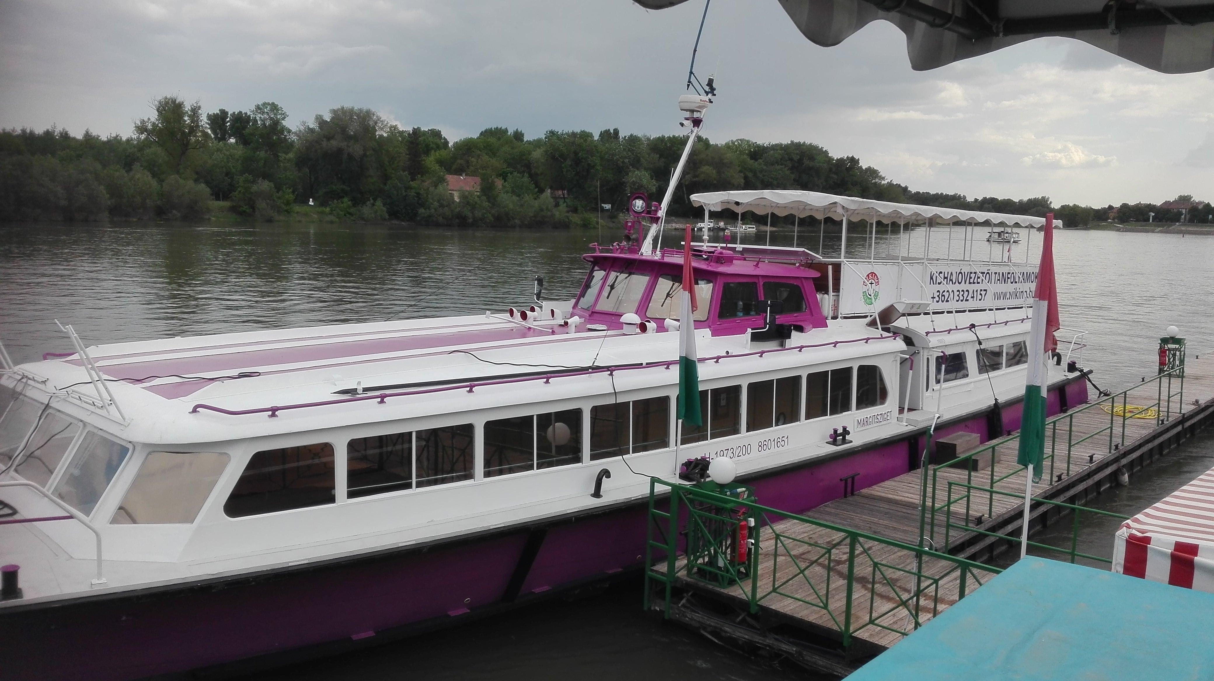 margitsziget private boat rental budapest
